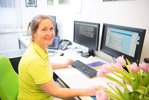 Liselotte Manly Larsen